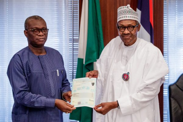 Dr Iyi Uwadiae, WAEC registrar presents Buhari's school certificate, ending the unnecessary controversy stirred by PDP