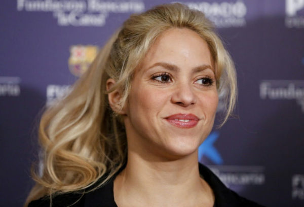 Shakira: visits home country Colombia
